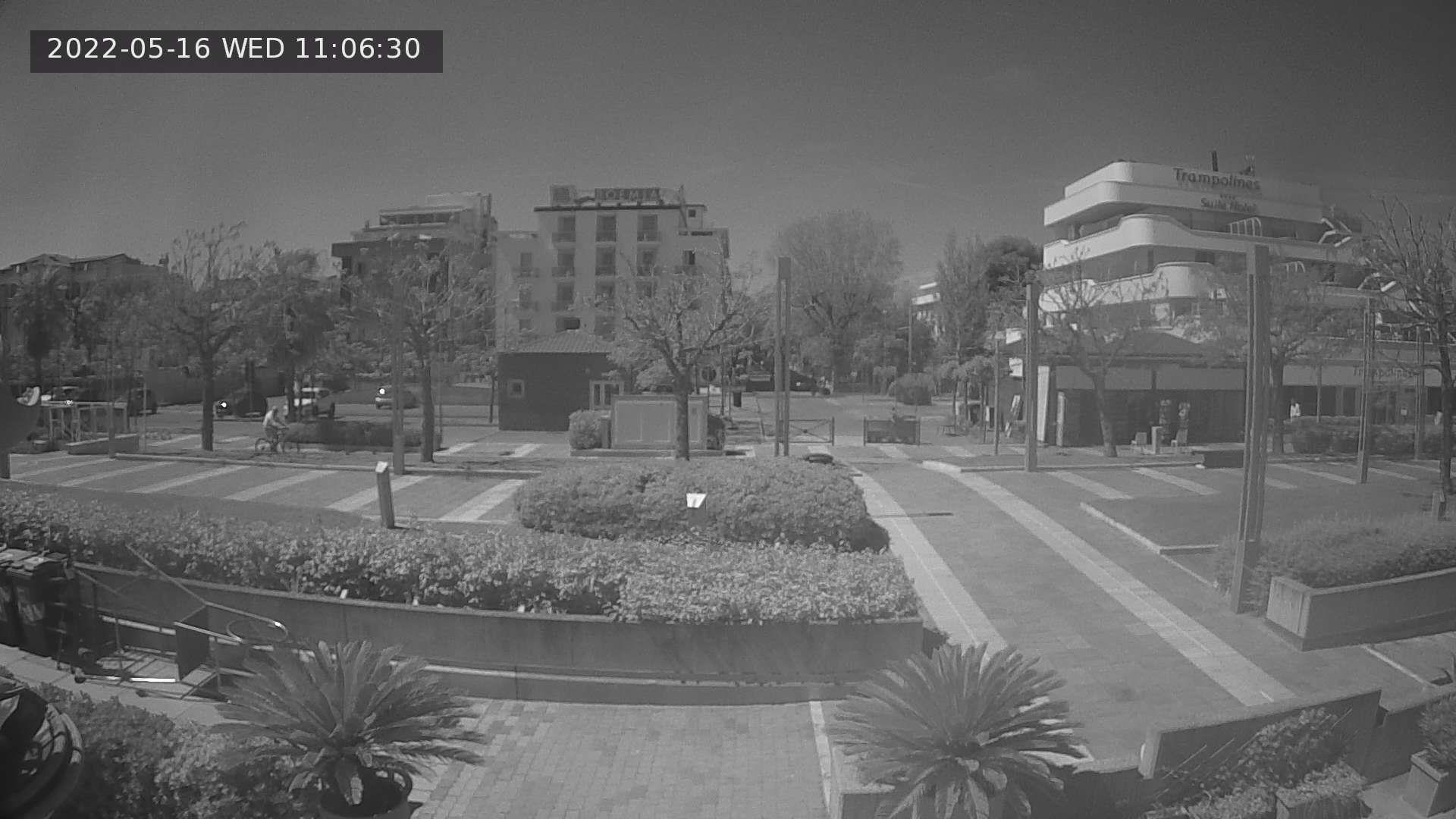 """immagine in tempo reale dalla """"Spiaggia 61 - Della Rosa"""" di Riccione - webcam riccione"""
