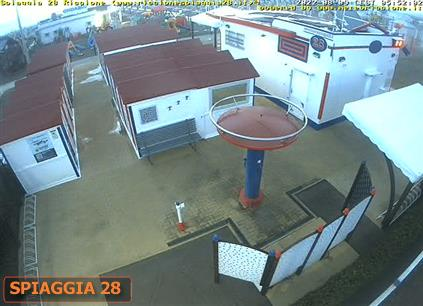 "Webcam 5   <a class=""as-btn-blue-medium"" style=""color:white"" href=""https://www.riccionespiaggia28.it/streaming/cam4.php"" target=""_blank"">Clicca qui per lo Streaming</a>"